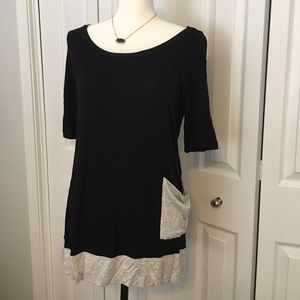 Anthropologie Bordeaux tunic contrast tee small